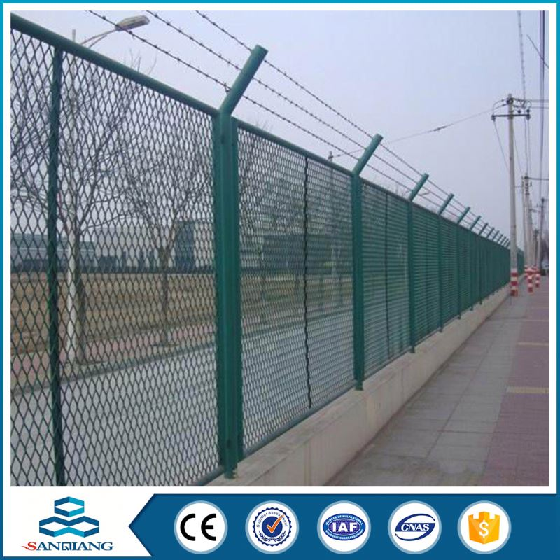 2016 hot selling galvanized iron field fences